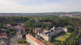 Ареальная Прага: городской пейзаж Mala Strana и замка Праги видеоматериал