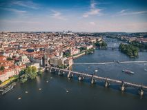 Ареальная съемка городка Праги старого Стоковое фото RF