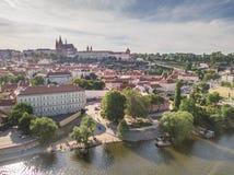 Ареальная съемка городка Праги старого Стоковые Изображения RF