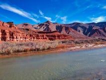 Ареальный взгляд красных камней в Америке стоковое фото