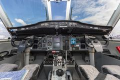 Арена воздушных судн VH-VHB перехода двигателя близнеца Касы C-212 работала торговцами неба стоковое фото