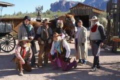 Аризона, США: Старый запад - актеры в традиционных обмундированиях стоковое изображение