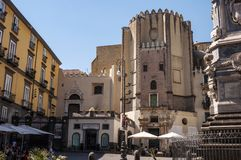 Аркада Сан Domenico Maggiore стоковое изображение rf