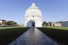 аркада pisa miracoli dei baptistery Стоковая Фотография RF