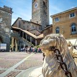 Аркада Vecchia в Citta Alta, Бергаме, Италии стоковая фотография rf