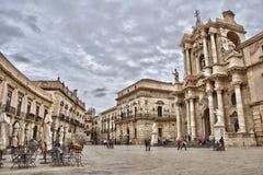 Аркада del Duomo, Сиракуз, Сицилия стоковые фото