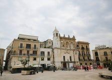 Аркада Ferrarese в центре Бари, Италии Стоковые Изображения
