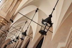 Аркы под тканью Hall, Краков стоковое изображение