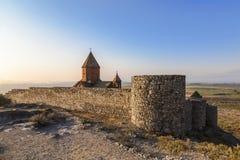 Армения, долина Арарата, монастырь Khor Virap около границы с Турцией стоковая фотография