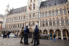 Армия и полиция Бельгии в центре города Брюсселя 23-его ноября 2015 Стоковая Фотография