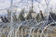 Армия f Y r македонии продолжает конструкцию загородки стоковые изображения