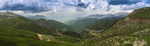 Армянка outdoors стоковое фото rf