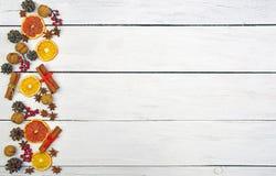 Ароматичное оформление ` s Нового Года Предпосылка рождества и естественное deco Стоковое Фото