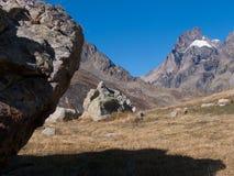 Арсин ` Col d, могила Ла, alpes hautes, ФРАНЦИЯ стоковые фотографии rf