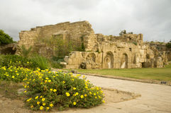 археологическое место caesarea стоковые изображения