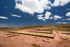 Археологические раскопки Tiwanaku bolivians стоковые изображения rf