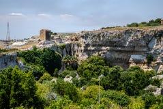 Археологический парк в Сиракузе Сицилия стоковая фотография rf