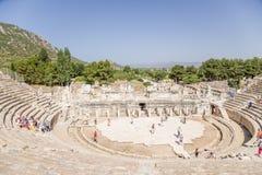 Археологический район Ephesus, Турции Взгляд грандиозного театра, 133 ДО РОЖДЕСТВА ХРИСТОВА Стоковое Изображение