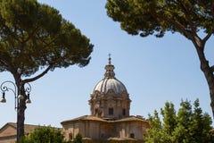Археологическое место на римском форуме в Риме Италии Стоковые Фото