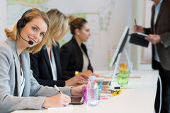 Архитекторы в офисе работая совместно Стоковые Фотографии RF