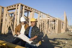 Архитекторы на строительной площадке Стоковое Изображение