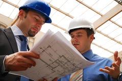 архитекторы blueprint рассматривать стоковое изображение rf