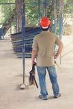 Архитектор инженера работая на строительной площадке Стоковые Фото