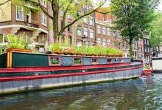 Архитектура Амстердама от шлюпки Стоковая Фотография RF
