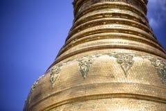 Архитектура виска золотого stupa традиционная на пагоде Янгоне Мьянме Юго-Восточной Азии shwedagon Стоковые Фотографии RF