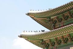 Архитектура дворца Gyeongbokgung красивая традиционная в Сеуле Стоковое Изображение
