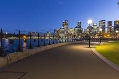 Архитектура города Сиднея на ноче стоковое фото rf