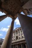 Архитектура Государственного банка Англии, Лондон стоковое изображение