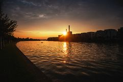 Архитектура захода солнца современная в Франкфурте-на-Майне Стоковые Изображения RF