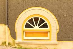 Архитектура окна красочных деталей старая, Лиссабон Стоковые Изображения RF