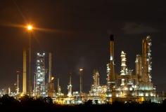 Архитектура петрохимического завода нефтеперерабатывающего предприятия Стоковое Изображение RF