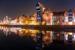Архитектура старого городка в Гданьске на ноче Стоковая Фотография RF