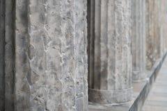 Архитектура старых столбцов историческая, крупный план штендеров Стоковые Изображения