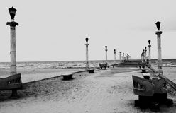 Архитектура фотографии пляжа черно-белая Стоковое фото RF