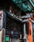 Архитектура французского квартала Нового Орлеана - джаз-клуб Hall консервации стоковые фотографии rf