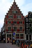 Архитектура щипца шага Амстердама, Нидерланды Стоковые Фото