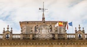 Архитектурноакустическая деталь здание муниципалитета Irun в Испании стоковые фото
