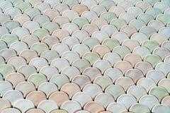 Архитектурноакустическая деталь сетки с текстурой масштабов рыб Стоковое Изображение