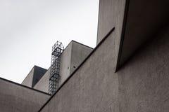 Архитектурноакустическая деталь самомоднейшего здания Стоковая Фотография RF