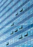 Архитектурноакустическая деталь современного стеклянного здания небоскреба Стоковая Фотография