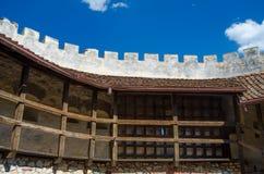 Архитектурноакустическая крепость Rasnov детали стоковое фото rf