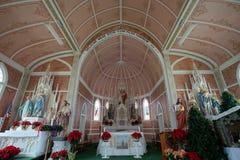 Архитектурноакустические детали малой покрашенной церков в Schulenburg Техасе Стоковое Изображение
