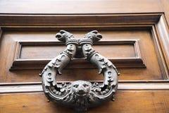 Архитектурноакустические детали на зданиях в Риме Италии Стоковое Фото