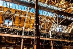 Архитектурноакустические открытые потолок и поддержки стоковая фотография rf
