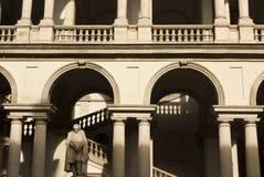 Архитектурноакустический конец вверх Accademia di Brera стоковая фотография