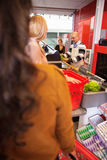 ассистентский магазин клиентов Стоковые Изображения RF